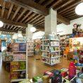 Librería Gil, Plaza Pombo, planta baja